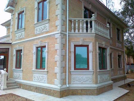 Декорирование дома камнем