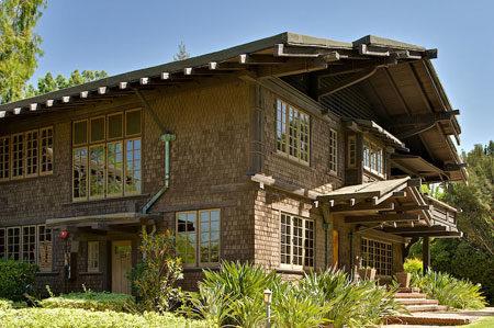 Дом в стиле американского шале