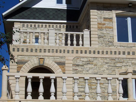 Облицовка камнем фасада
