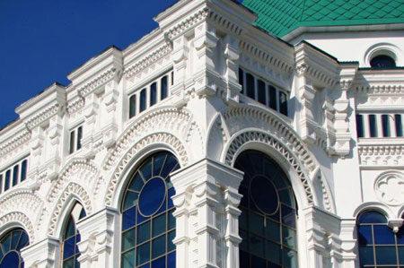 Стеклофибробетон в отделке фасада