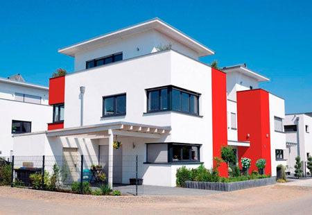 Двухцветный фасад дома